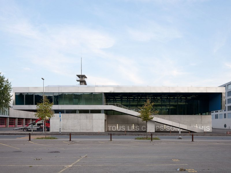 GXM Architekten: Sporthalle Esplanade, Biel - best architects 11