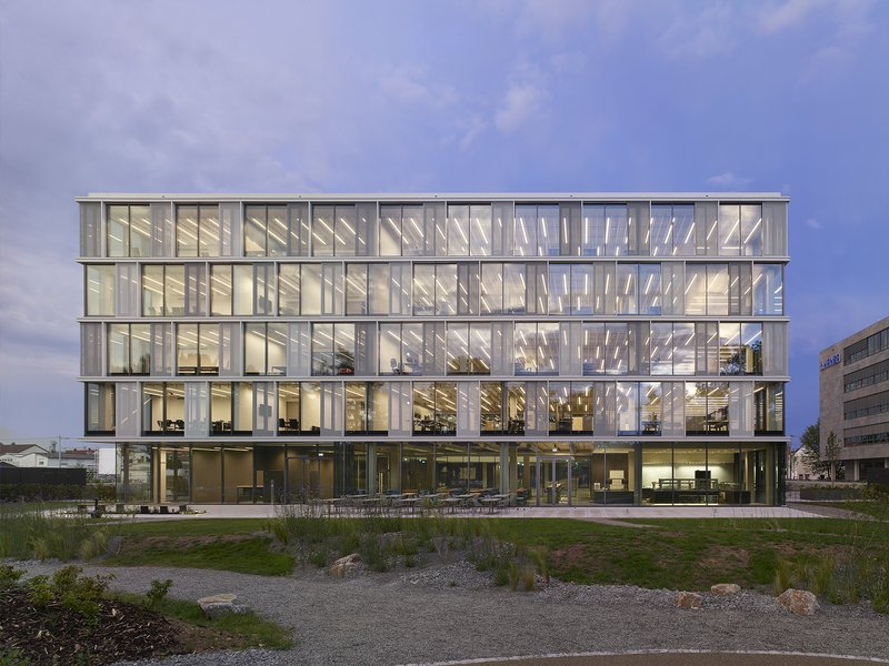 Riehle+Assoziierte: AEB Headquarters  - best architects 19