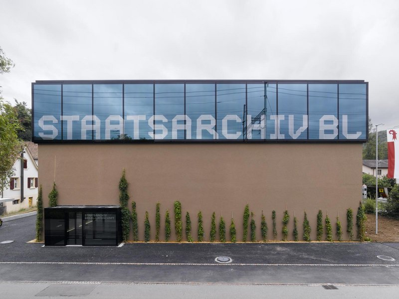 EM2N: Staatsarchiv - best architects 09