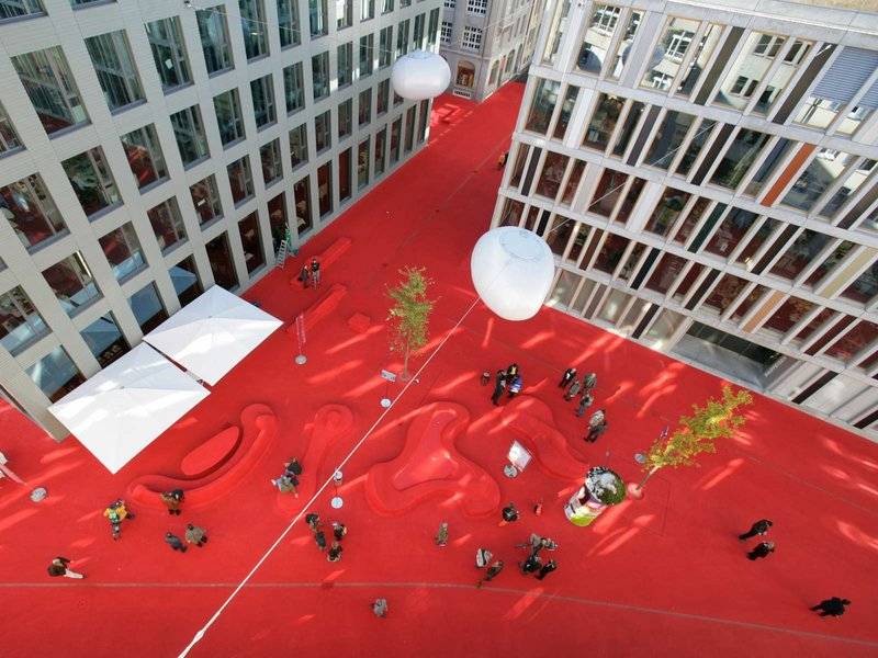 Carlos Martinez architekten & Pipilotti Rist: Stadtlounge St. Gallen - best architects 11