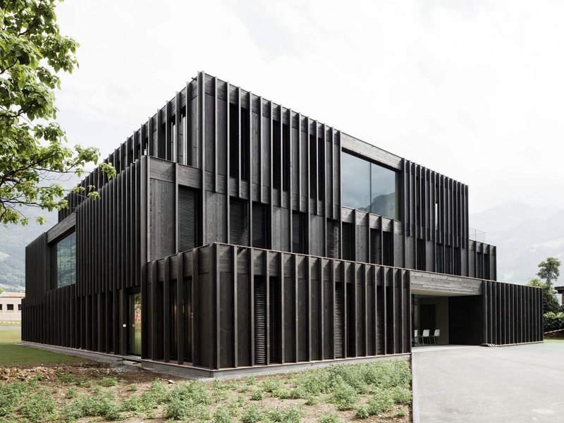 Graber & Steiger Architekten: New construction of therapeutic pedagogy facility - best architects 12