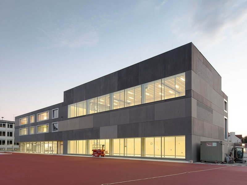 bayer + strobel architekten: Primary scholl extension in Unterföhring - best architects 16