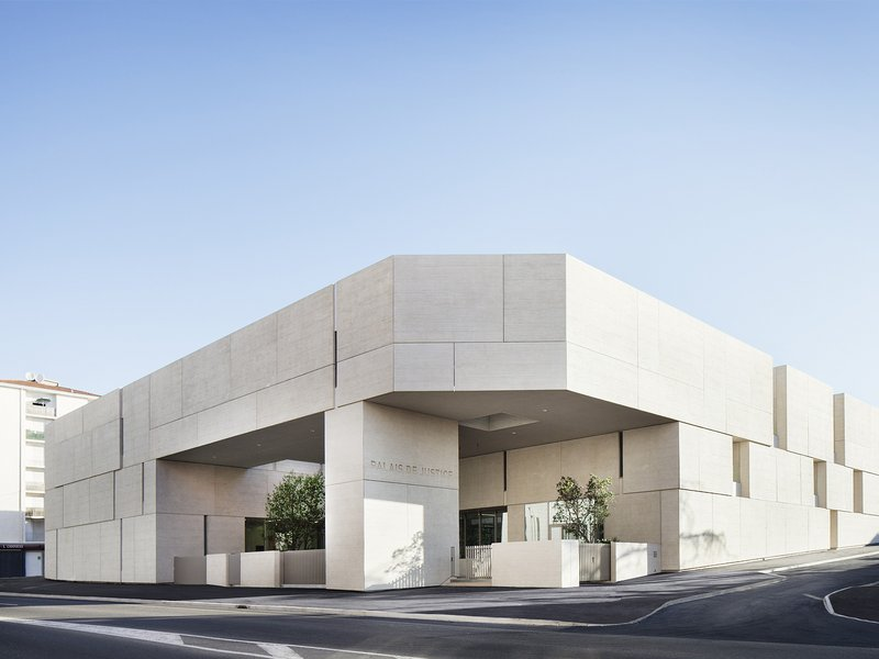 ateliers 2/3/4/ : Courthouse in Béziers - best architects 17