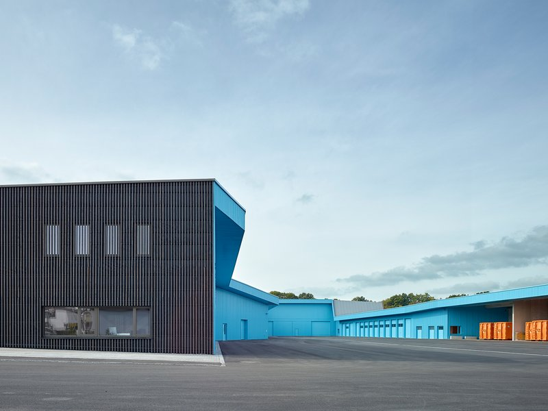 KNERER UND LANG: Recycling and street cleaning depot - best architects 18