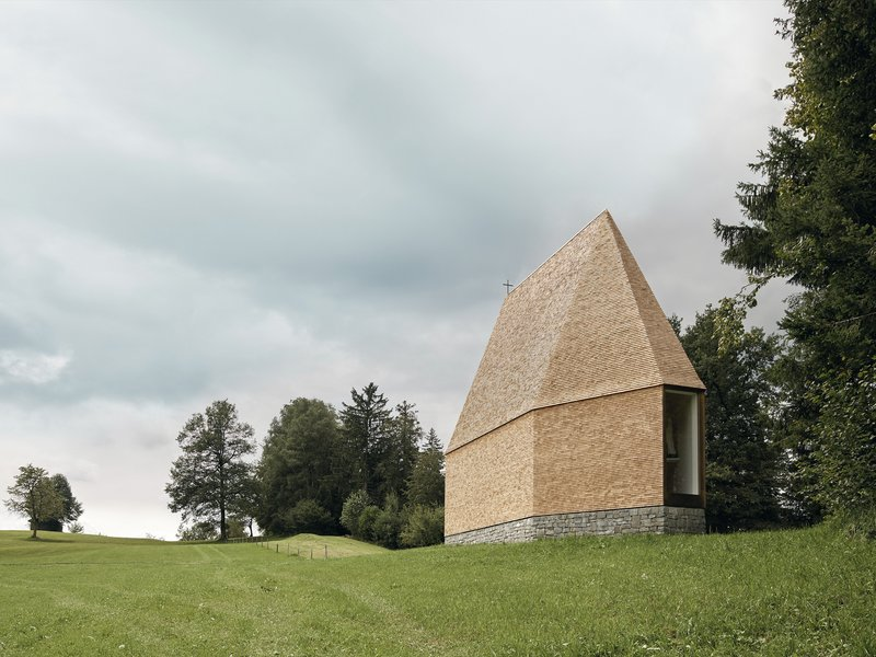 Architekt Bernardo Bader: Salgenreute Chapel - best architects 18 in Gold