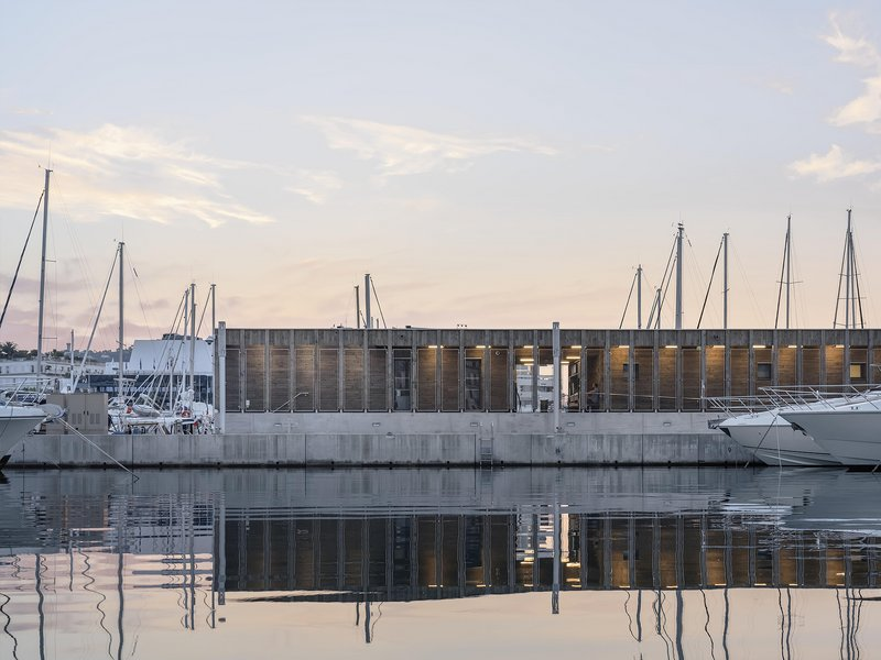 HEAMS & MICHEL Architectes: New services for boat users on the port of Cannes  - best architects 20
