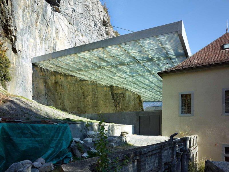 savioz fabrizzi architectes: Überdachung der archäologischen Ruine St-Maurice - best architects 14 in Gold