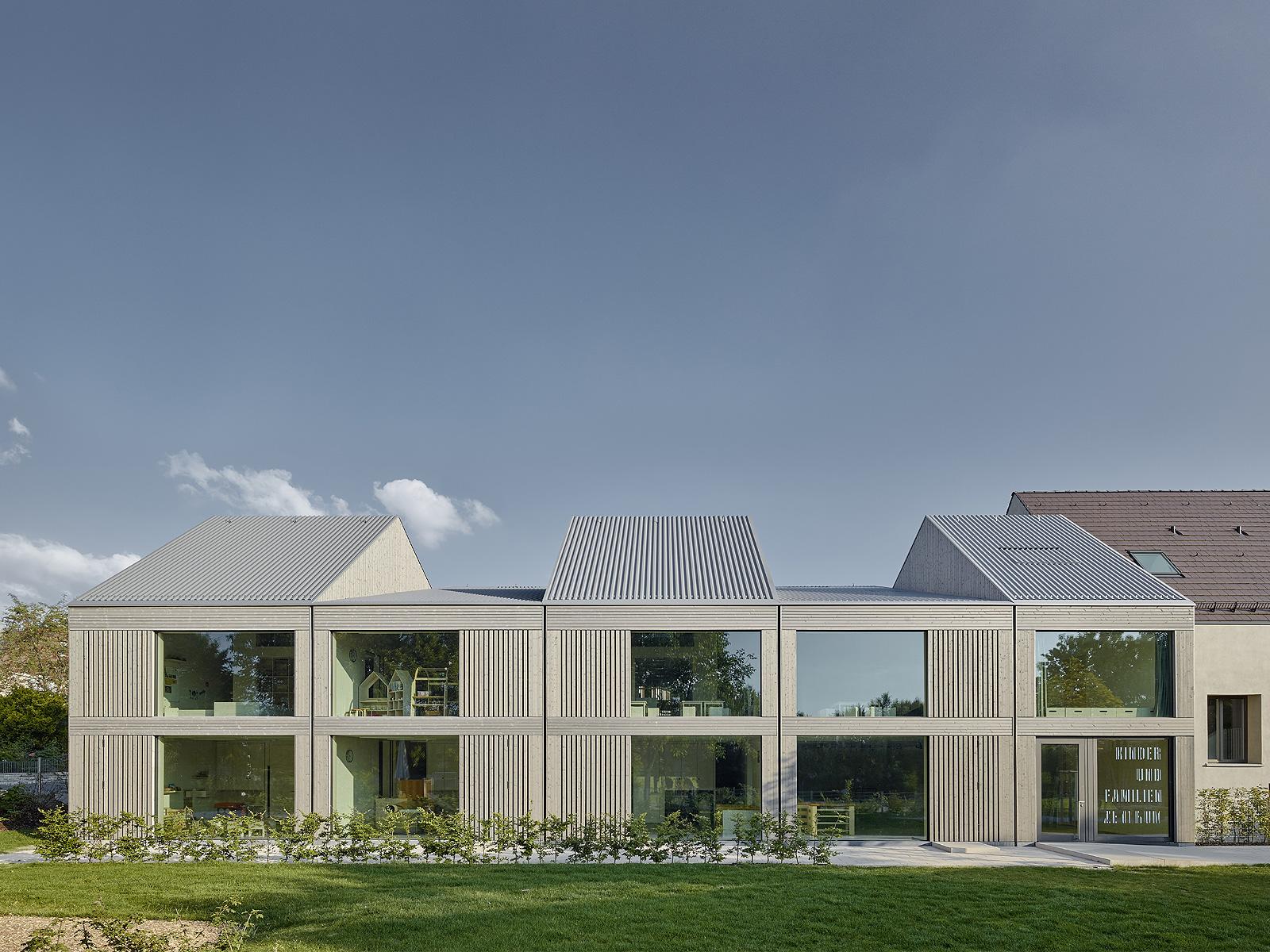 best architects architektur award von m von m. Black Bedroom Furniture Sets. Home Design Ideas
