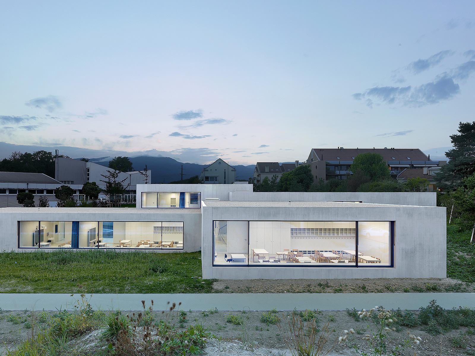 best architects architektur award pierre alain dupraz architecte ets fas pierre alain. Black Bedroom Furniture Sets. Home Design Ideas